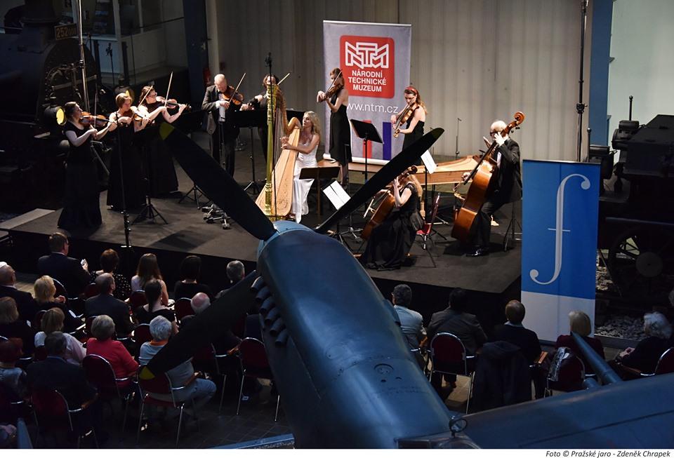 Ondřej Kukal: Harfenianna. Concertino pro harfu asmyčce op. 55 (světová premiéra)