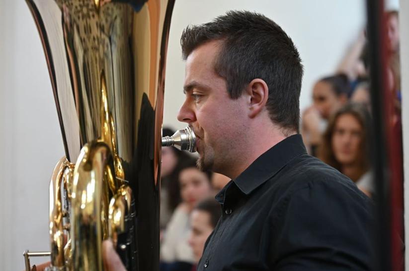 Matouš Hejl: Music for Siren