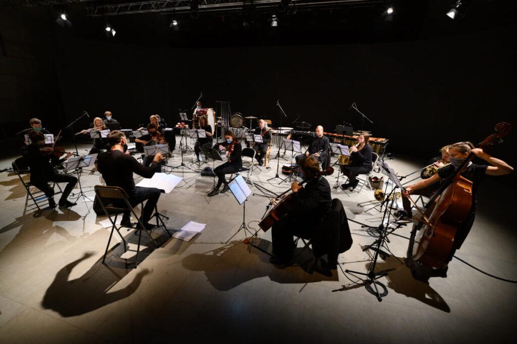 20×3. Twenty miniatures for the BERG Orchestra'stwentieth birthday